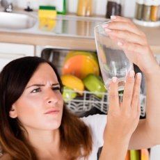 Посудомоечная машина плохо моет посуду – причины