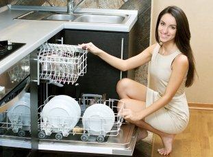 Сколько сыпать соли в посудомоечную машину: правила и нюансы применения