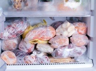 Сколько можно хранить мясо в морозилке и холодильнике
