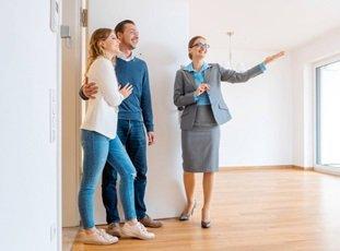 Покупка квартиры от собственника в Гатчине: особенности и цены