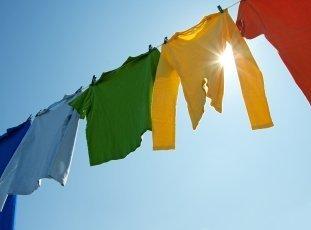 Как быстро высушить одежду после стирки