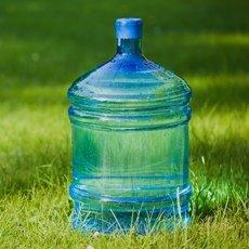 Как очистить канистру для воды от зелени: советы и подробная инструкция