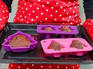 Как отмыть силиконовую форму для выпечки: полезные советы и хитрости