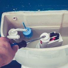 Как почистить бачок унитаза внутри в домашних условиях профессиональными и народными средствами