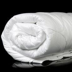 Как стирать одеяло (ватное, шерстяное, бамбуковое и другие)