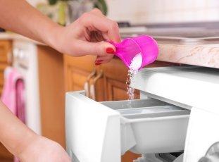 Расход стирального порошка в стиральной машине: сколько сыпать?